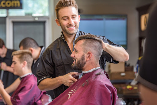 Hair salon Vs. Barber shop – What's the difference?
